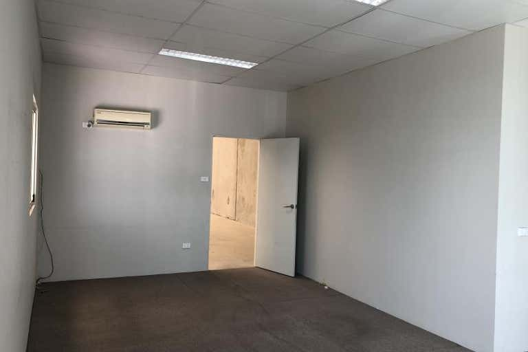 Unit 12, 40-44 Wellington Road South Granville NSW 2142 - Image 4