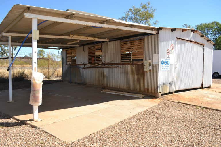 35 Old Mica Creek Road Mount Isa QLD 4825 - Image 3