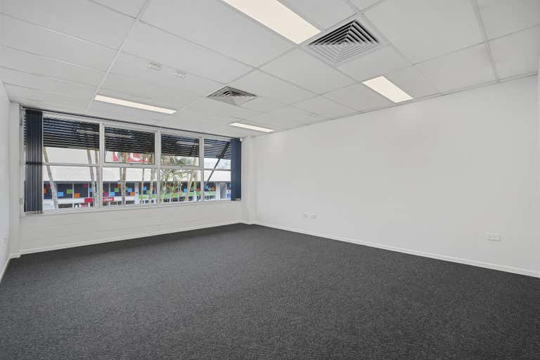 8/73-75 King Street Caboolture QLD 4510 - Image 2