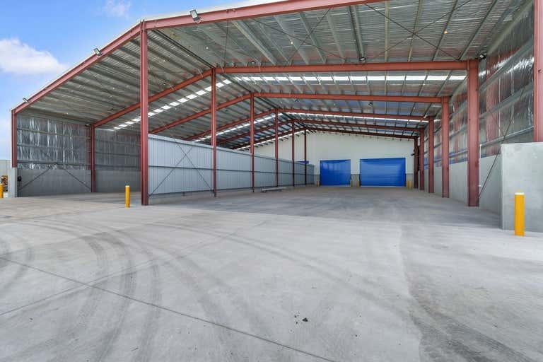 690 South Road Wingfield SA 5013 - Image 1