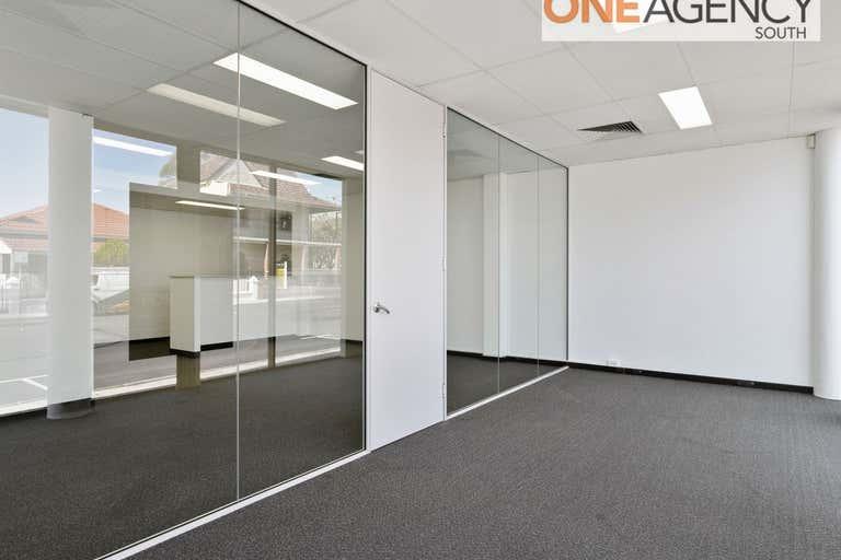 Suite 5, 18 Parry Street Fremantle WA 6160 - Image 3