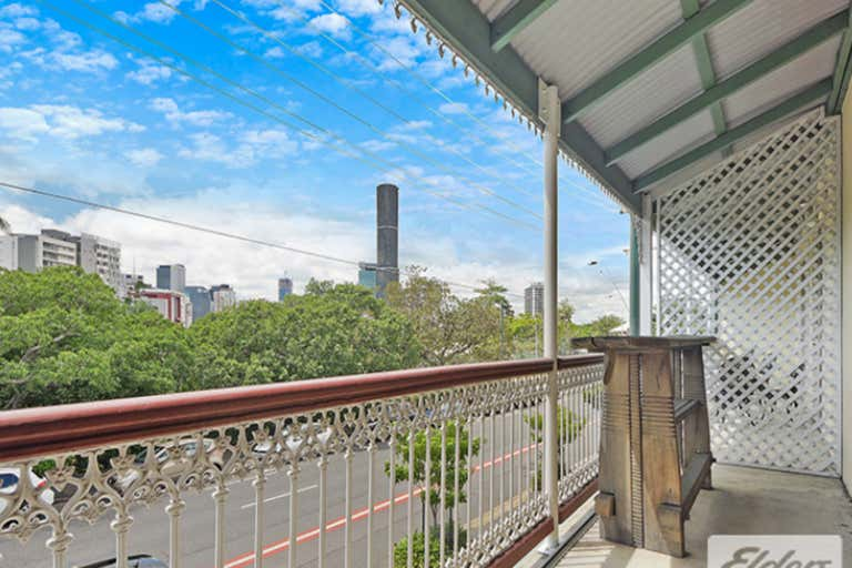 Suite, 2/162 Petrie Terrace Spring Hill QLD 4000 - Image 2