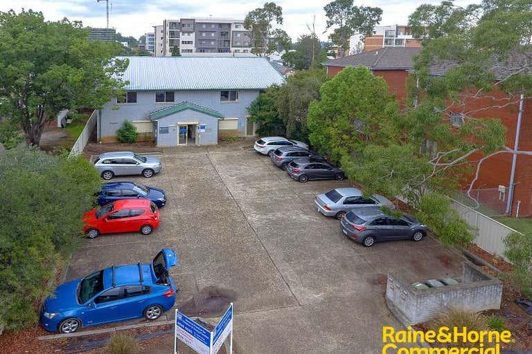 Suite 3, 23 Chamberlain Street Campbelltown NSW 2560 - Image 1