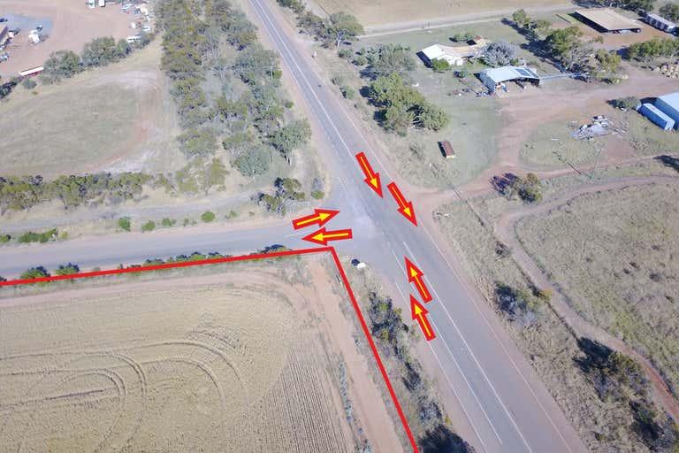 1036 Geraldton Mount Magnet Road Moonyoonooka WA 6532 - Image 4