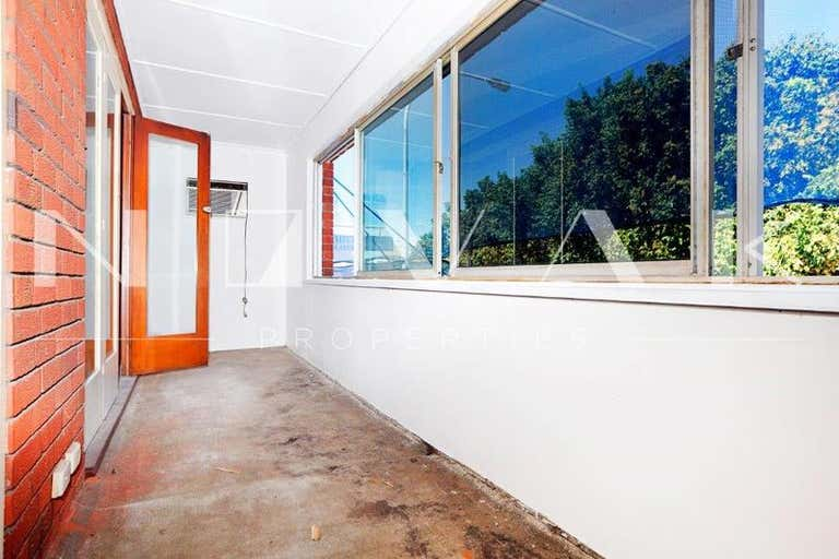 LEASED BY MICHAEL BURGIO 0430 344 700, 4/699 Pittwater Road Dee Why NSW 2099 - Image 2