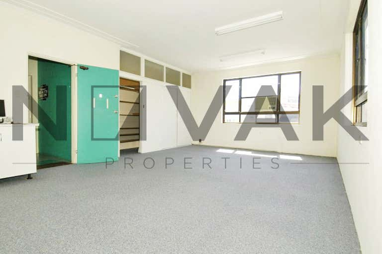 LEASED BY MICHAEL BURGIO 0430 344 700, Suite 5/1421 Pittwater Road Narrabeen NSW 2101 - Image 1