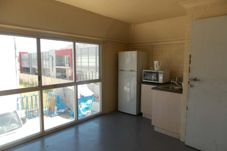 Unit 4, 16 Carnegie Place Blacktown NSW 2148 - Image 4