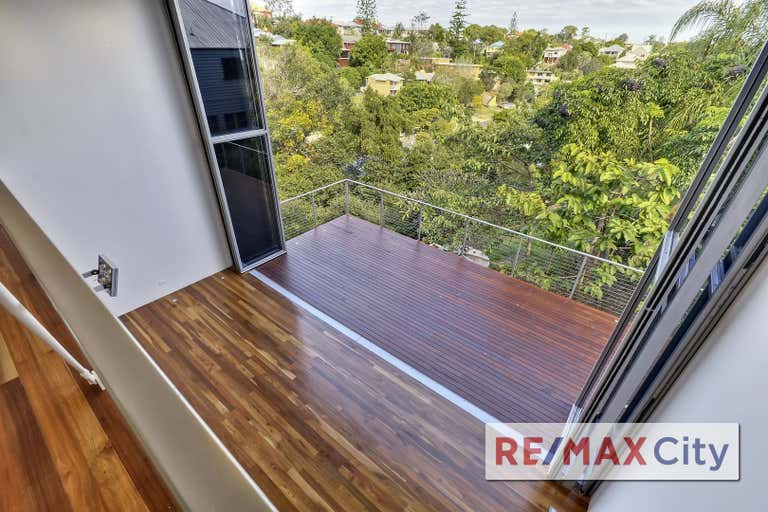 2/32 Waterworks Road Red Hill QLD 4059 - Image 2