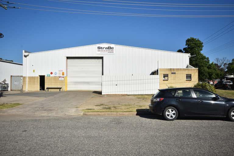 881 Ramsden Drive North Albury NSW 2640 - Image 2