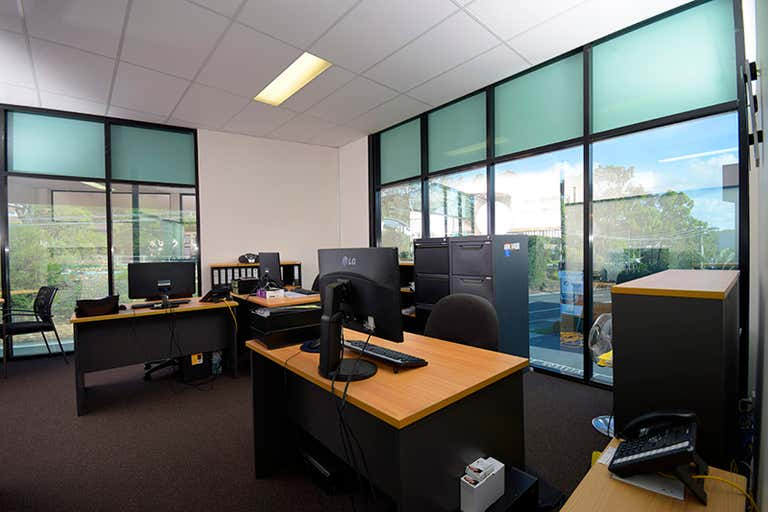 4/91 West Burleigh  Road Burleigh Heads QLD 4220 - Image 2