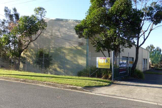 1 / 7 Sylvester Avenue Unanderra NSW 2526 - Image 1