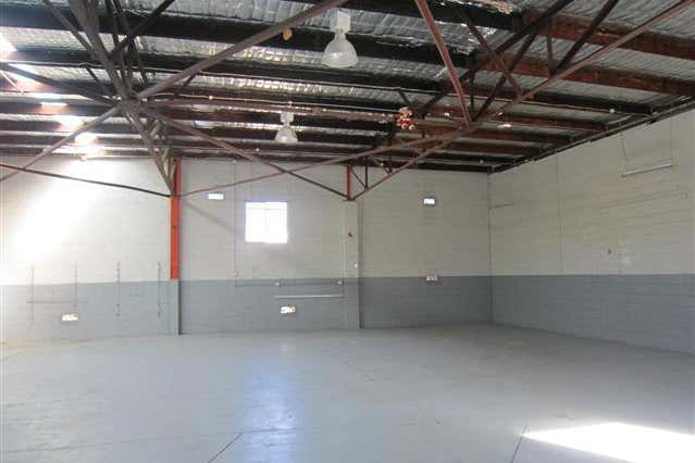 (Unit 2)/10 Mitchell Street Merewether NSW 2291 - Image 3