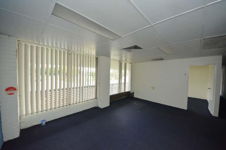 39 Gladstone Road Allenstown QLD 4700 - Image 2