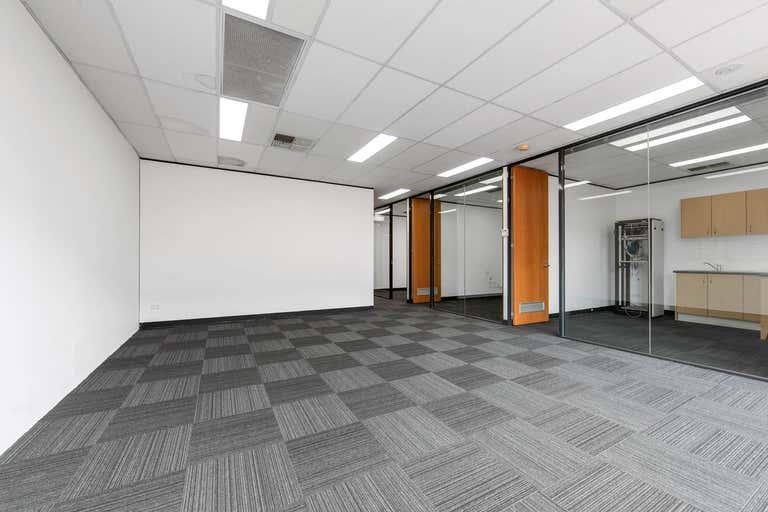 2/159 Dorcas Street South Melbourne VIC 3205 - Image 4