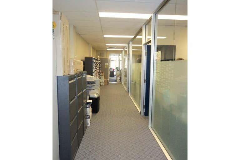 9 Hubert Street Woolloongabba QLD 4102 - Image 3