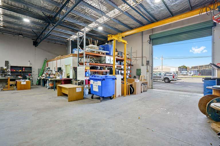 3/145-147 Victoria Street North Geelong VIC 3215 - Image 2