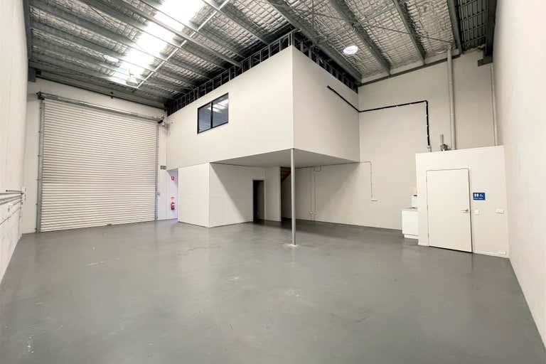 9/20-22 Ellerslie Road Meadowbrook QLD 4131 - Image 2