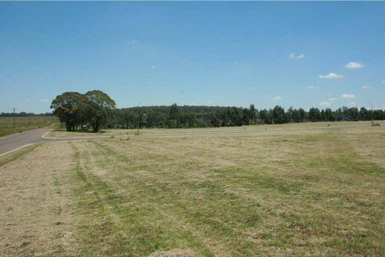 Lot 2 Anvil Court Goombungee QLD 4354 - Image 2