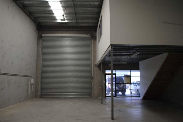 Unit 3/20-22 Ellerslie Road Meadowbrook QLD 4131 - Image 2