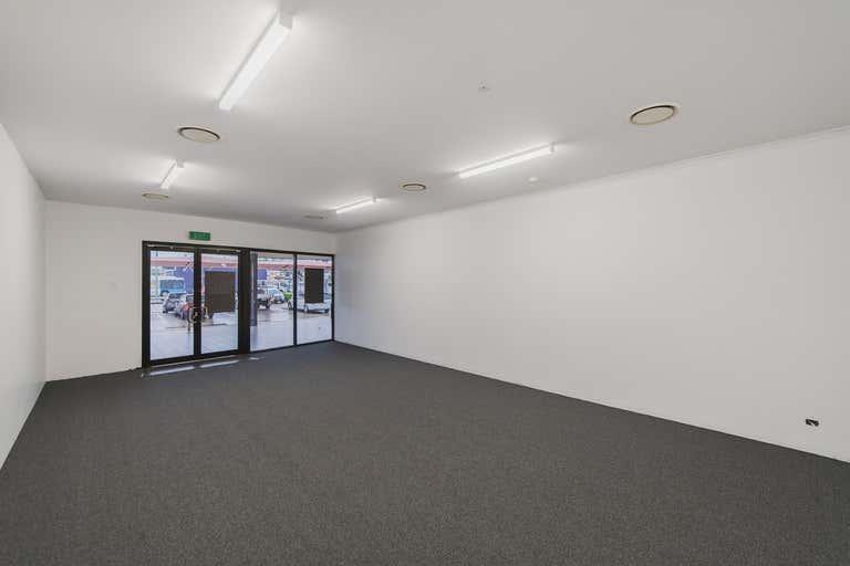 Shop 3B, 235 Musgrave Street Berserker QLD 4701 - Image 3