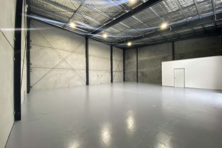 2/77 Stenhouse Drive Cameron Park NSW 2285 - Image 3