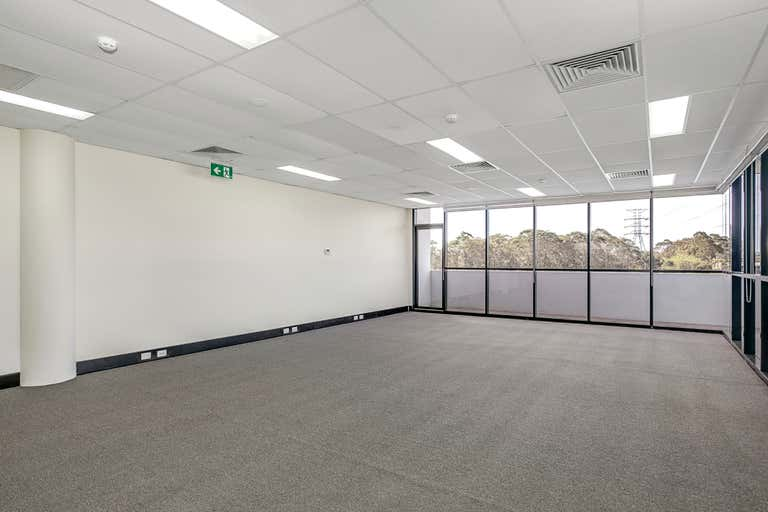 4.03/10 Tilley Lane Frenchs Forest NSW 2086 - Image 2