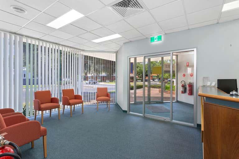 2/601 Olive Street Albury NSW 2640 - Image 2