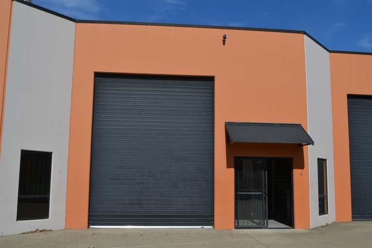 4/9 Rothcote Court Burleigh Heads QLD 4220 - Image 1