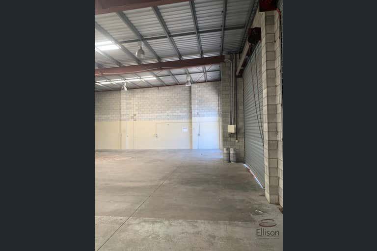 3&4/18 Tolmer Place Springwood QLD 4127 - Image 4