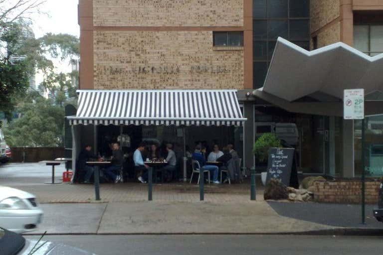 2/145 Victoria Street Potts Point NSW 2011 - Image 1
