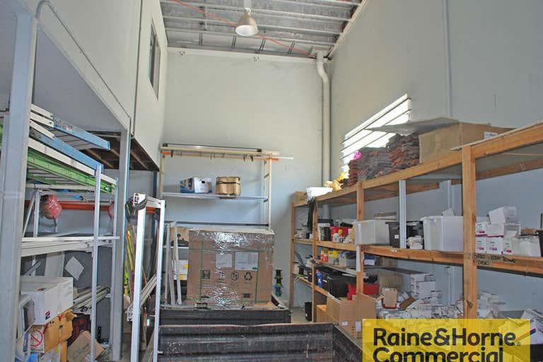 11/29 Links Avenue Eagle Farm QLD 4009 - Image 2