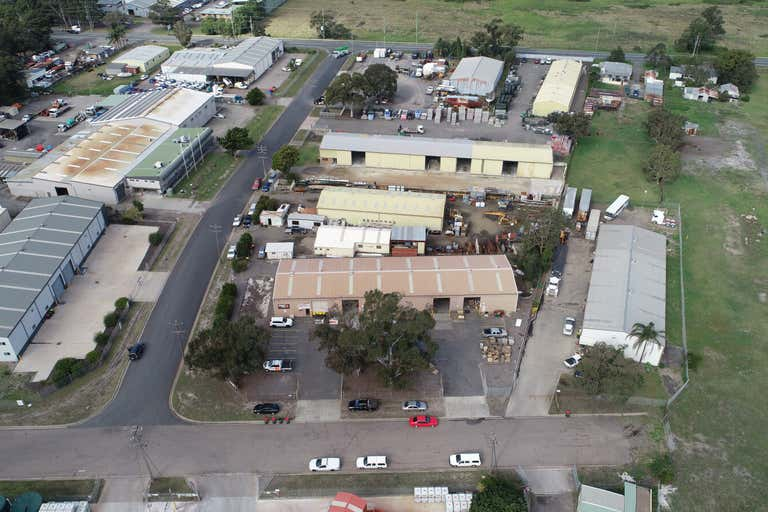 Units 1 - 4, 9 Campbell Street Tomago NSW 2322 - Image 2