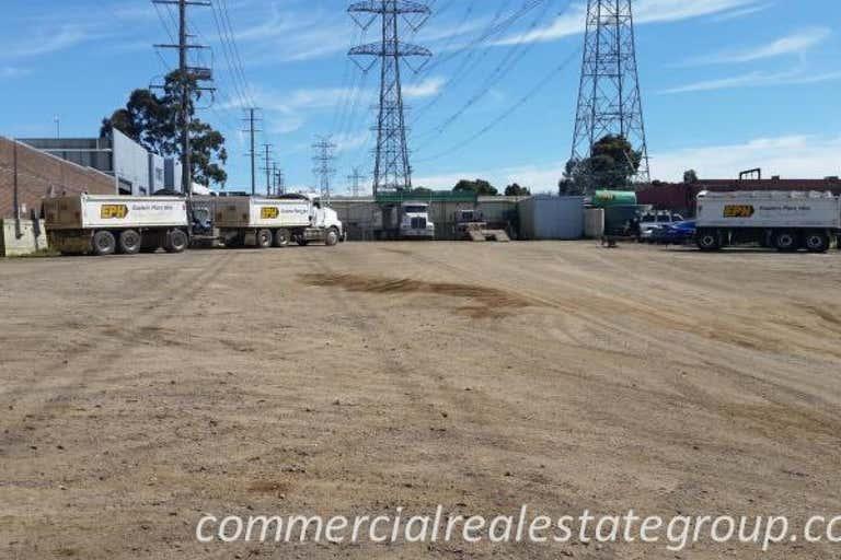 107 Heatherdale Road Ringwood VIC 3134 - Image 3