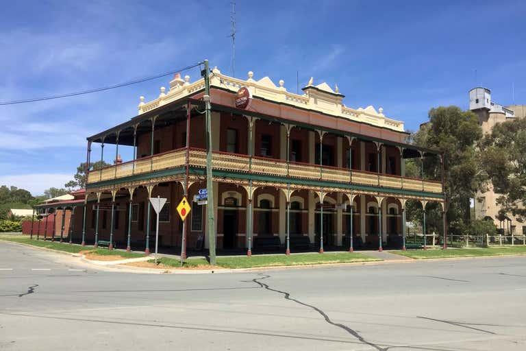 Terminus Hotel, 88 Deniliquin Rd Tocumwal NSW 2714 - Image 2