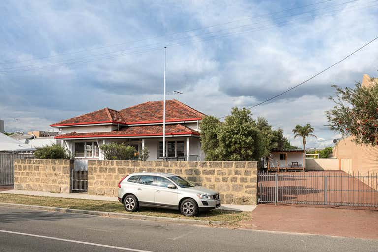 96 Marine Terrace Fremantle WA 6160 - Image 2