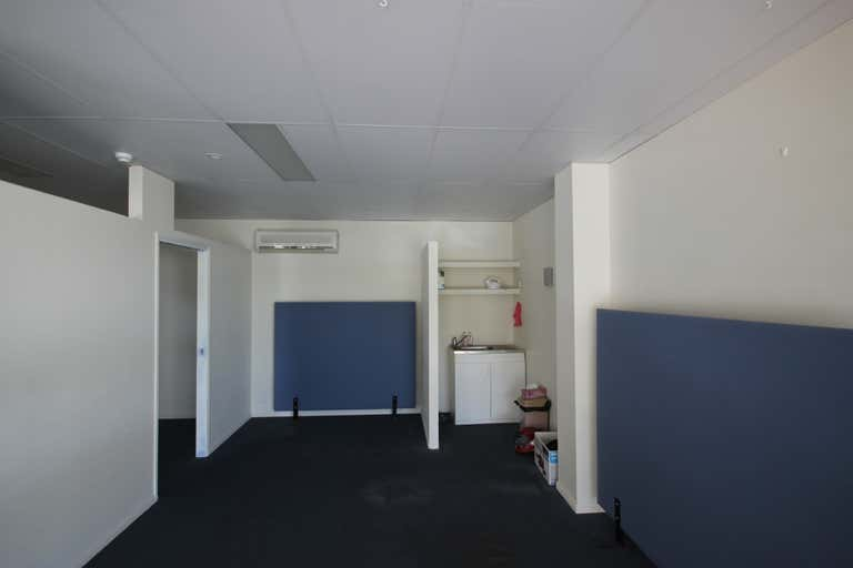 9/32 Middle Street Cleveland QLD 4163 - Image 2