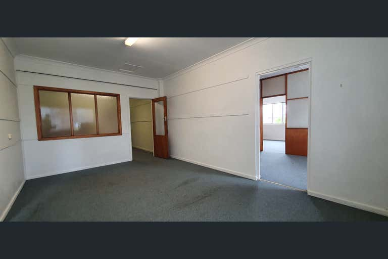 Part Level 1, 129 Victoria Street Taree NSW 2430 - Image 2