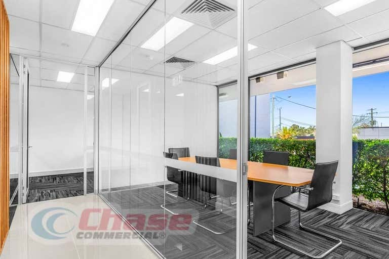 217 Logan Road Woolloongabba QLD 4102 - Image 2
