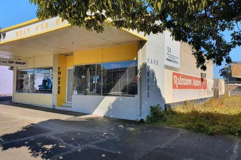 8 Fowler Street Moe VIC 3825 - Image 2
