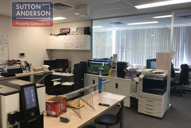 Unit 4, 25 Gibbes Street Chatswood NSW 2067 - Image 4