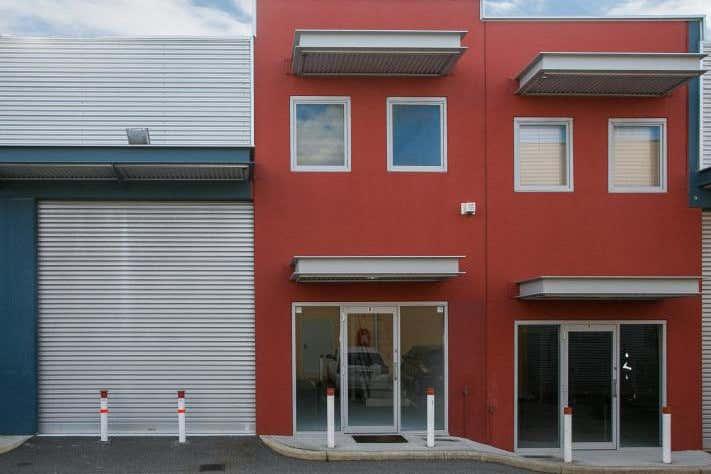 Unit 8, 2 Panama Street Canning Vale WA 6155 - Image 1