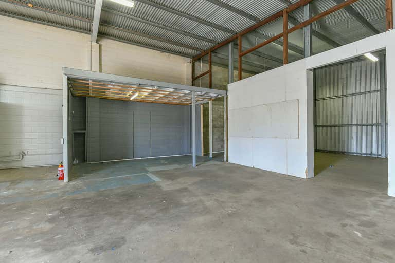 71 Thabeban Street Bundaberg South QLD 4670 - Image 4