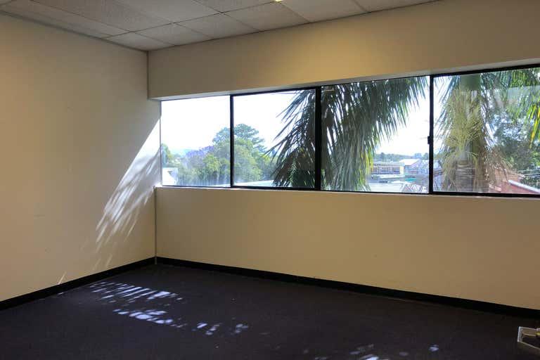 2B/109 Upton Street Bundall QLD 4217 - Image 3