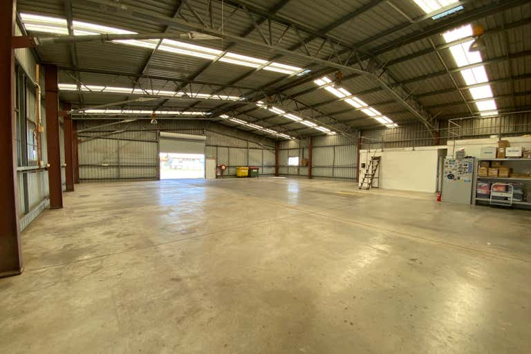 Building 8B Qantas Avenue Archerfield QLD 4108 - Image 3