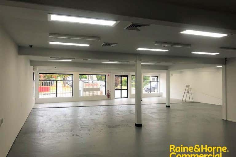 33 Queen Street Campbelltown NSW 2560 - Image 1