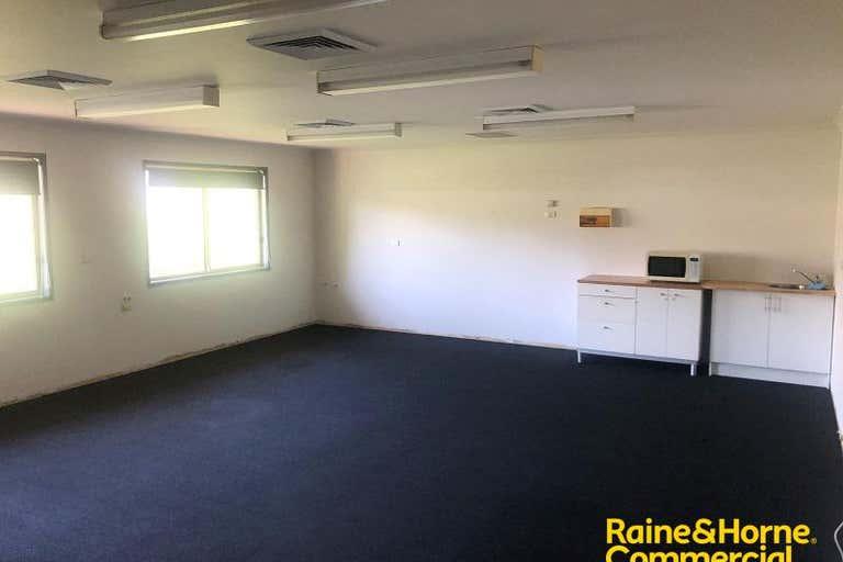 Suite 3, 23 Chamberlain Street Campbelltown NSW 2560 - Image 2