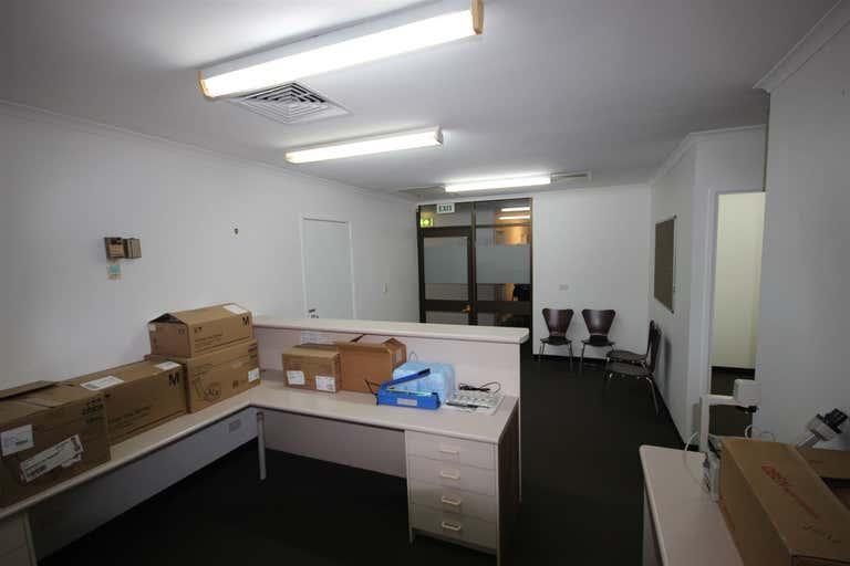 4/115 Nerang Street Southport QLD 4215 - Image 1