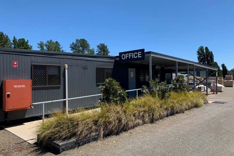 60 Hincksman Queanbeyan NSW 2620 - Image 3