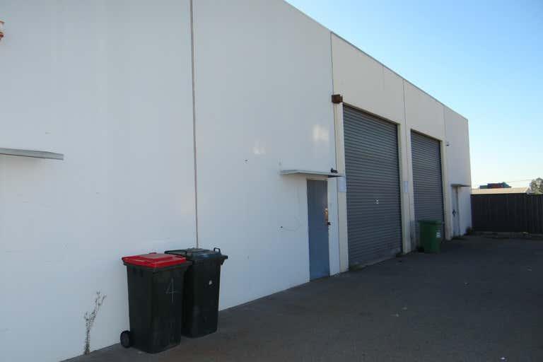 6/10 Munt Street Bayswater WA 6053 - Image 2