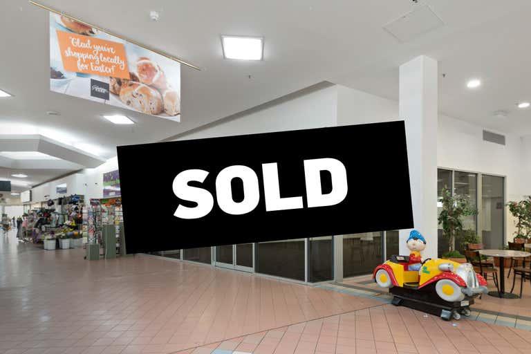 Gladstone Park Shopping Centre, 157B Gladstone Drive Gladstone Park VIC 3043 - Image 1